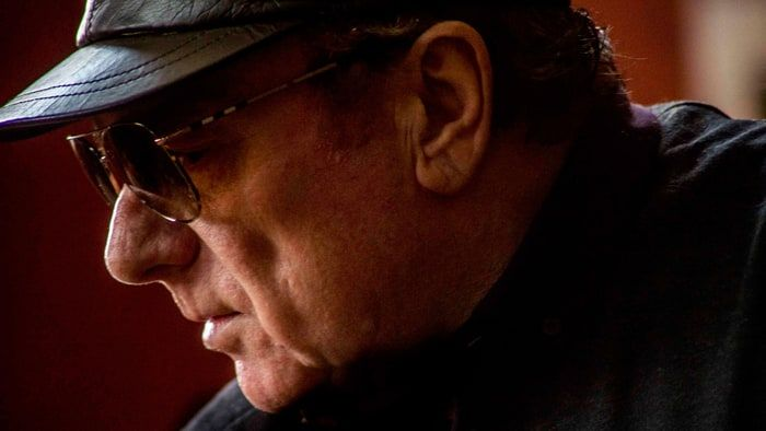 Review: Van Morrison, 'Keep Me Singing' - Rolling Stone