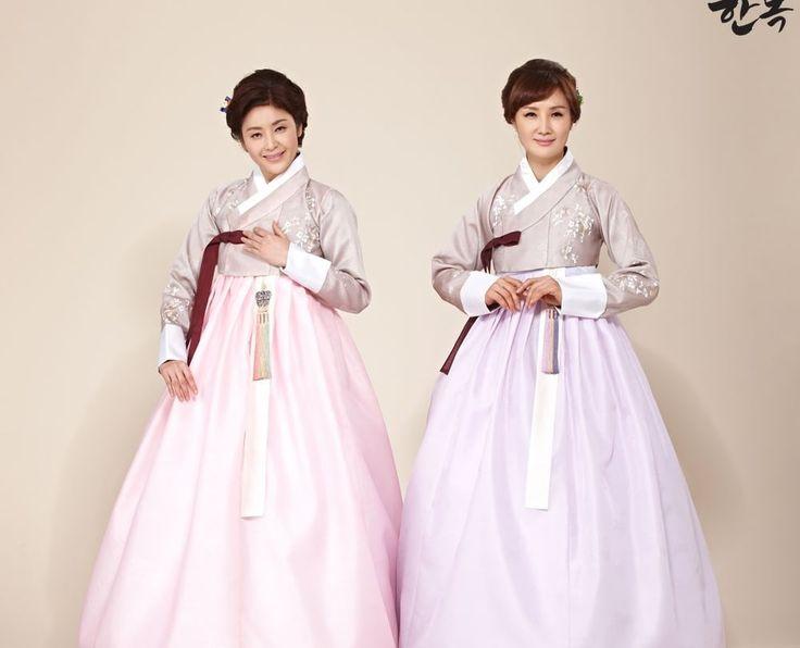 [한복]Korean traditional clothes. #dress #hanbok #전통한복 #어머니한복 #양가어머니한복 #혼주한복 #결혼식한복 #mother #picture