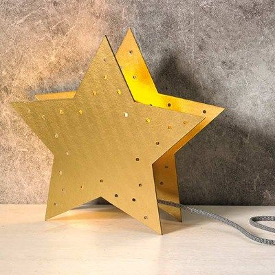 Guldskimrande adventsstjärna