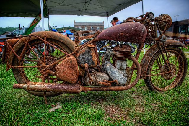 One very old motorcycle - photo by  Carolinadoug