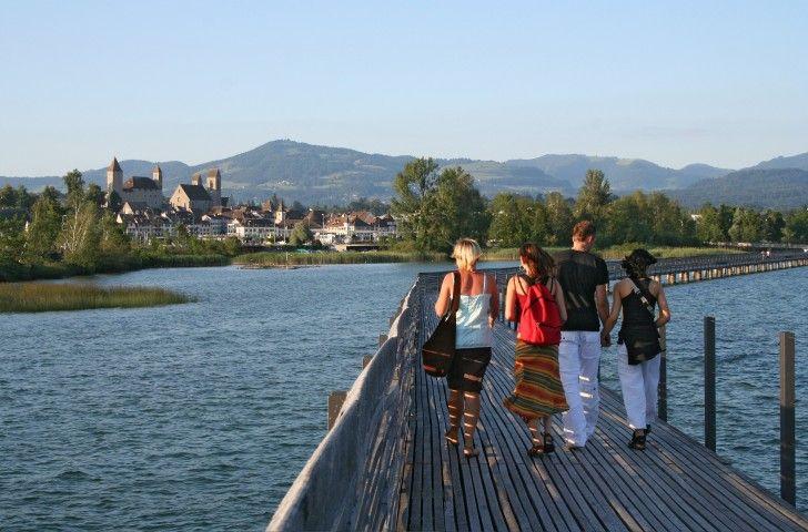 Freizeittipp: Von Richterswil über die Holzbrücke nach Rapperswil – ZVV