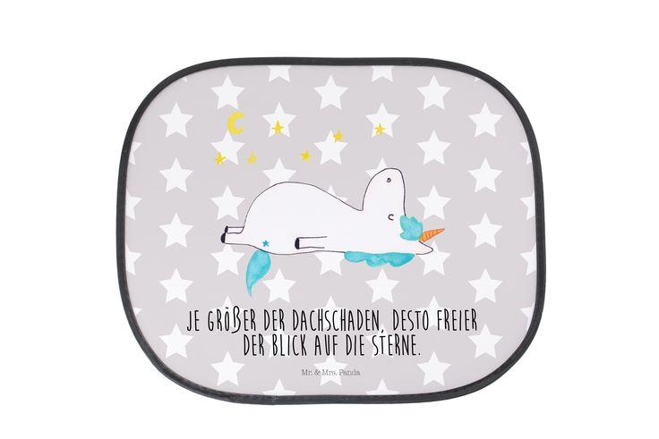 Auto Sonnenschutz Einhorn Sternenhimmel aus Kunstfaser  Natur - Das Original von Mr. & Mrs. Panda.  Der einzigartige Sonnenschutz von Mr. & Mrs. Panda ist wirklich etwas ganz Besonderes - er hat die Größe 38x44 cm und wird mit zwei Saugnäpfen ausgeliefert. Im Lieferumfang ist ein Sonnenschutz inkl. 2 Saugnäpfen enthalten.    Über unser Motiv Einhorn Sternenhimmel  Das Einhorn mit dem Blick in die Sterne ist die beste Art, um Freunden zu sagen, dass sie ein bisschen verrückt sind, aber super…