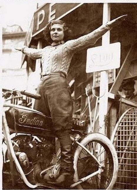 Fearless female motorcycle stunt women take on the 'Wall of Death' | Dangerous Minds