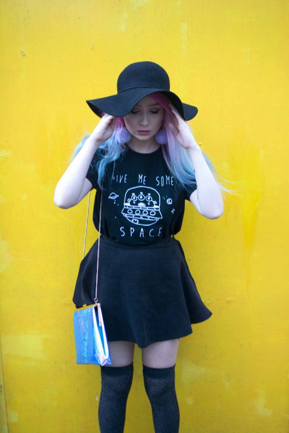Alien UFO T-shirt jaren 90 grunge / / pastel goth / door LGOcreation