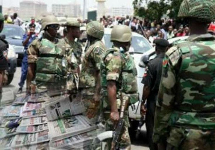 Looming Dictatorship In Nigeria -Soldiers Seize Pro-Biafra Newspapers at Aba