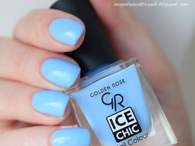 Ona jedna, a ich trzech: Golden Rose Ice Chic 78