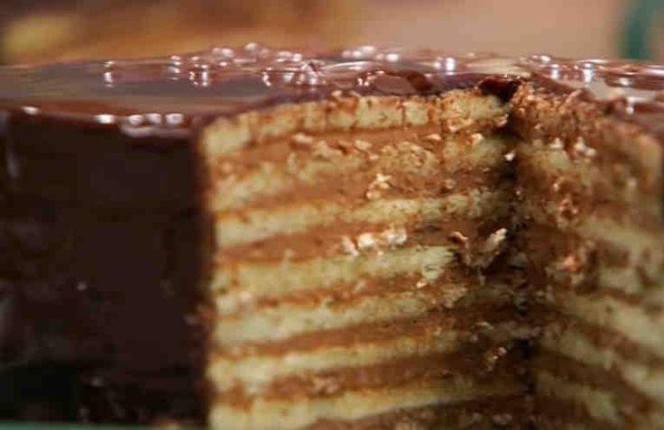 La torta Príncipe Regente, pertenece a la repostería alemana y su nombre en alemán es Pronzregentenetorte. Torta muy antigua que surge como resultado de un antojo real y que a lo largo del tiempo se ha ido difundiendo pasando a ser un postre famoso.    Ingredientes  Torta: + 170 gramos de mant