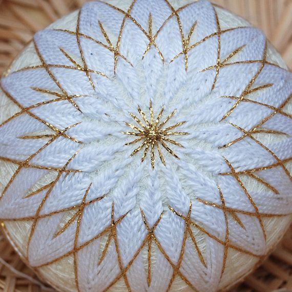 temari balls | Temari Ball Golden White Mum with FREE SHIPPING until Christmas