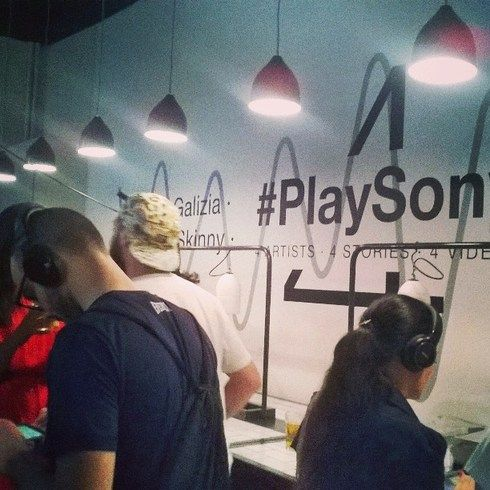 Sony #PlaySony new headphones #launch at #ElitaBar #Sony #Music #cuffie