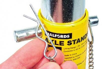 Axle Stands Review | Car Axle Repair Tools | Axle Repair | Car Axle | Wheel Axle | Auto Express