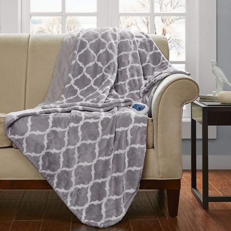 Heated Ogee Oversized Throw Blanket