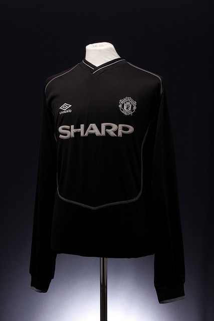 Manchester United Football Shirt (2000-2001, goalkeepers) Prototype