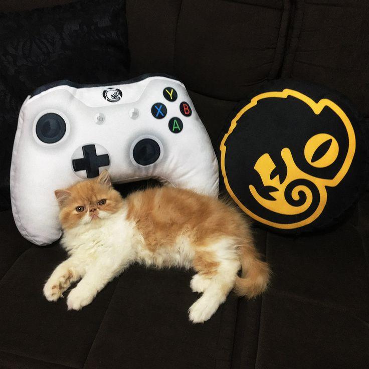 Gamer Cushion Control Xbox One Video Game White