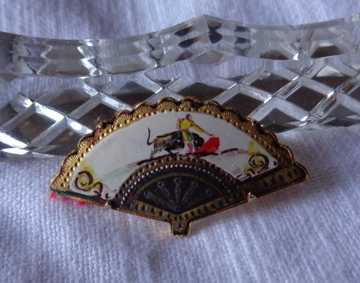 Vintage Brooch from Spain '80 - NOW ON SALE by AllYouCanVintage on Etsy