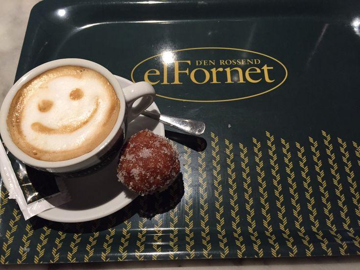 Ven y disfruta de tu café con la mayor de las sonrisas #DíadelaFelicidad #MomentoFornet