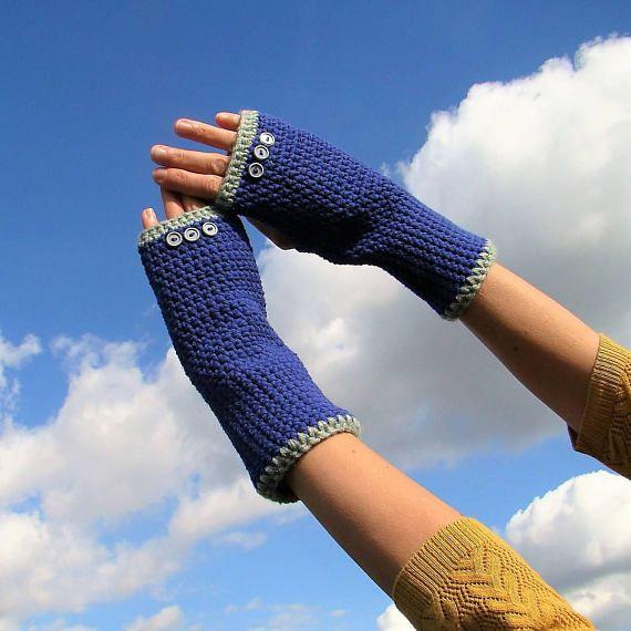 Blue Grey Fingerless Gloves / Crochet Grey Buttons Arm Warmers