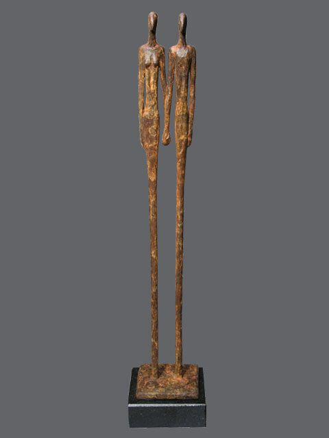 Bronzen sculpturen van kunstenaar Ragonda IJtsma. #bronzen #beelden #relatie #sculptuur www.ragondaijtsma.nl #kunst #huwelijk #luxe #huwelijkscadeau #man #vrouw  #exclusief #highend #kunst #beeldhouwwerken #huwelijksgeschenk #sculpturen #relatie #kunstwerken #trouwdag #cadeau #trouwen #echtpaar #getrouwd #bruidspaar #man #vrouw #bronzenbeeldhouwwerken