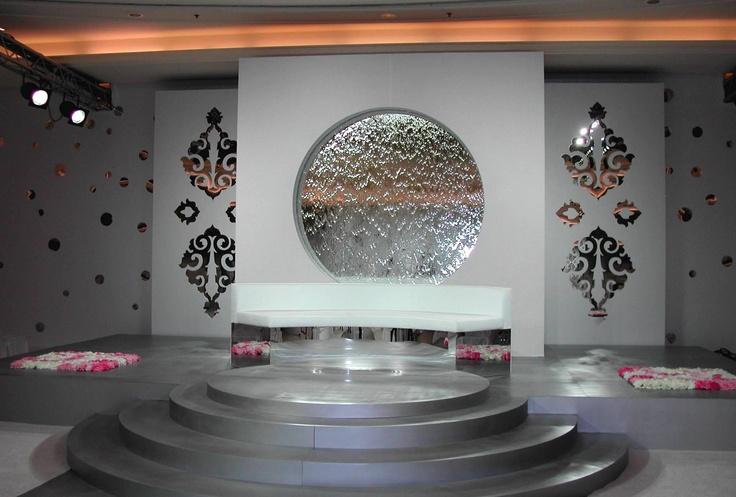 mur d 39 eau design sur mesure ici une installation au koweit design pinterest. Black Bedroom Furniture Sets. Home Design Ideas
