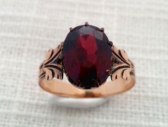 Antique Victorian 1870s 10K Rose Gold and Garnet Ring - Feather / Plume Shoulder Detailing