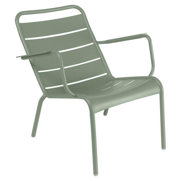 J'aime ♥ Les fameuses chaises Luxembourg revisitées en Cactus pour ma terrasse ! Dans un vert tout doux, à associer en camaïeu pour un joli dégradé naturel ! #Fermob #Luxembourg #Fauteuil #Bas #Cactus