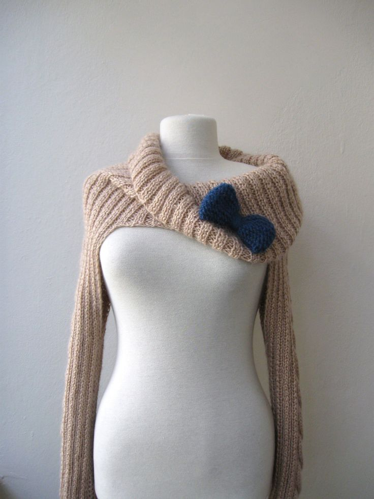 Knit Turtleneck Shrug-cable pattern-beige mohair-long sleeves with bow brooch