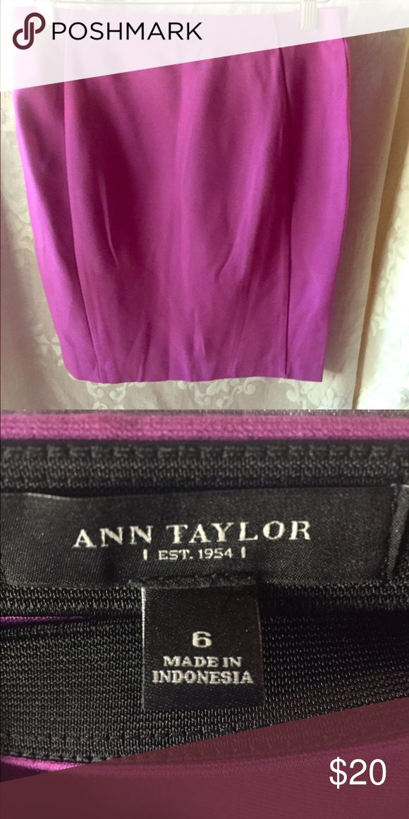 """Ann Taylor pencil skirt Ann Taylor pencil skirt (comfortable """"stretch"""" fabric) size 6, in vibrant pink/purple color.  If you like this item, but not my listed price, please make me an offer via """"Offer"""" button - all interest (favorite ❤️& Shares) is appreciated and all reasonable offers will be considered! Ann Taylor Skirts Pencil"""