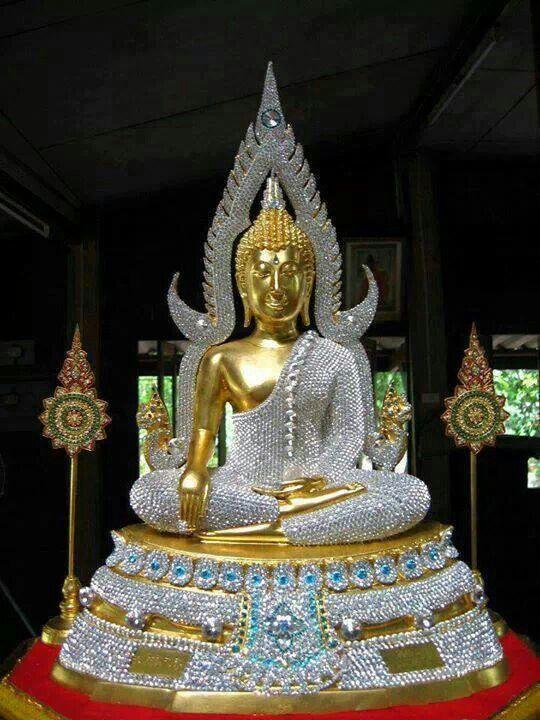 Phra Phutta Chinarat Thai Buddha Statue aus dem Wat Yai in Phitsanulok.