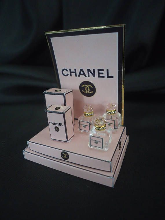 """Perfume shopdisplay Chanel """"Pink"""" 1/12th scale"""