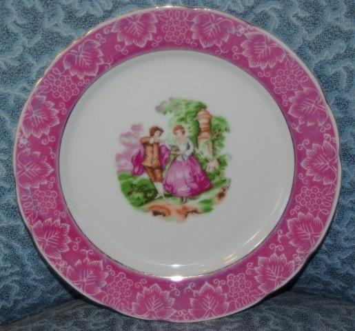 Limoge like Vintage Plate $25 www.vintagemoi.com.au