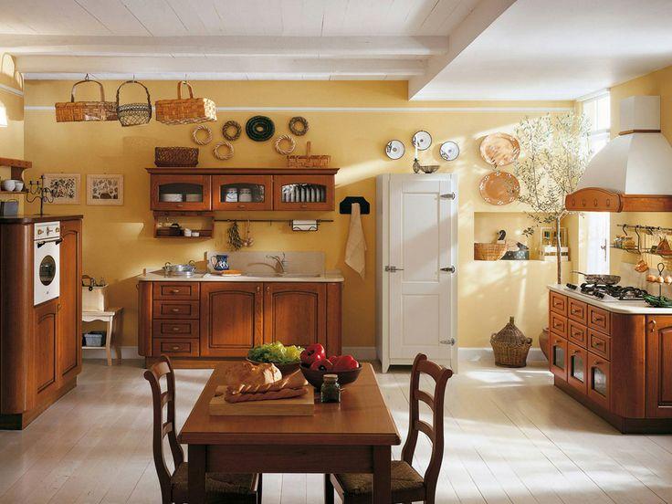Qualche idea per il colore delle #pareti con una #CucinaClassica ??? Colori tradizionali adatti  sono quelli che prendono ispirazione dalla natura. #Marrone, #arancio, #rosso, #verde, #avorio, #giallo, #marrone chiaro e i toni del #blu sono tutte ottime scelte per una cucina country. Si adattano particolarmente a questo stile anche dei decori a stencil, realizzati in tonalità complementari! Ecco un esempio con la nostra #CucinaFrancesca in #StileClassico