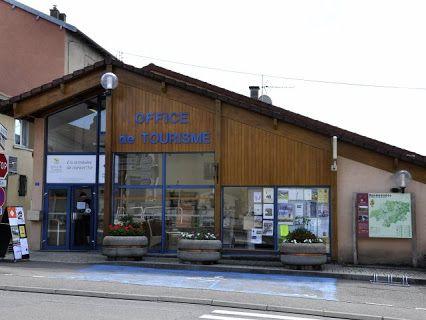 Retrouvez plus d'information sur Office de tourisme Chauffailles 71170 via le site LocationCamping.net http://www.locationcamping.net/officetourisme/office-de-tourisme-chauffailles-71170/ #Chauffailles http://www.locationcamping.net/wp-content/uploads/office-de-tourisme-chauffailles-71170.jpeg