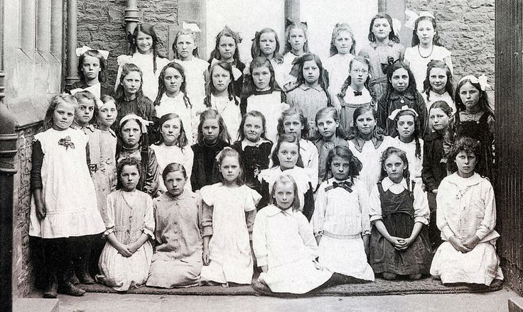 1905 Cadbury Heath School, South Gloucestershire | by brizzle born and bred