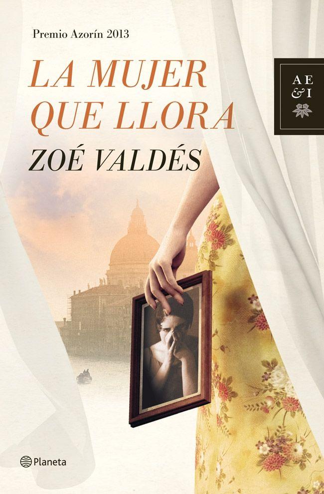 LA MUJER QUE LLORA - ZOÉ VALDÉS - Una escritora prepara una novela sobre la vida de Dora Maar, una de las artistas con mayor talento del surrealismo hasta que su vida se cruzó con la de Pablo Ruiz Picasso. Amante, musa y, finalmente, víctima del artista, Dora emprende un viaje a Venecia que marcará un punto de inflexión en su vida. A su regreso a París, se retirará del mundo, encerrándose en su apartamento...
