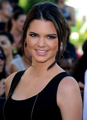 Kendall Jenner on Us Weekly, your trusted source for the latest celebrity pictures, news, biography, & videos. Kendall Jenner Rocks a Rare Model Smile...