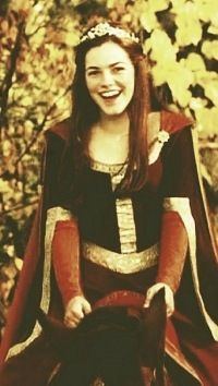 """Rachael Henley as adult Lucy Pevensie from """"The Chronicles of Narnia: The Lion, the Witch, and the Wardrobe"""""""