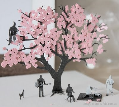 Really inventive and pretty!! #paper #cherryblossom #pink