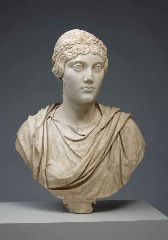 roman portraiture Portraiture was a crucial part of roman culture, immortalizing roman leadership through sculpture this lesson reviews the cultural history of.