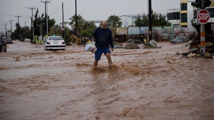 Überschwemmungen - Mindestens 15 Tote nach Unwettern inGriechenland - News Ausland - Bild.de