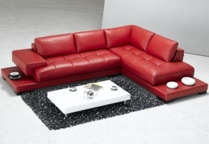 Red Bonded Leather Couch: Leather Couch, Leather Sectionals, Leather Sofas, Modern Leather, Furniture Modern, Living Rooms Furniture, Tosh Furniture, Leather Sectional Sofas, Red Leather