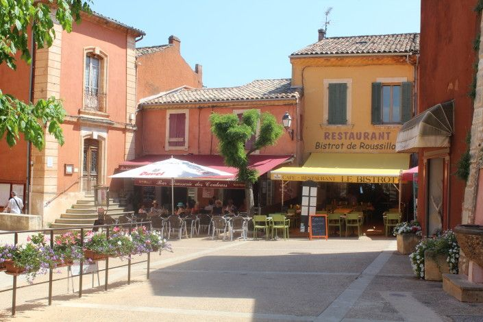 Roussillon main square and restaurants (2 minute walk from house)