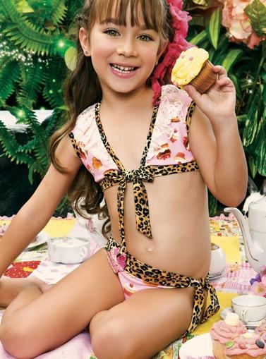Cute Girls Paradizia
