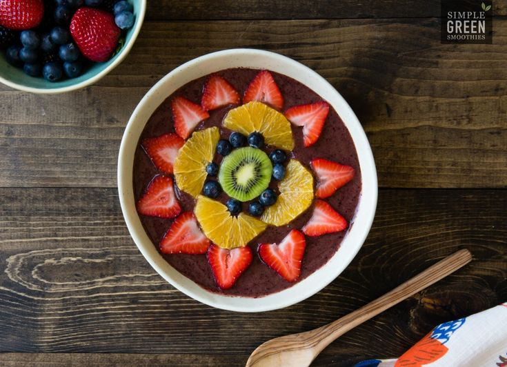 Rainbow Love: A Tasty Smoothie Bowl Recipe - Simple Green Smoothies