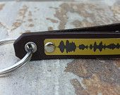 Mens Personalized Soundwave Keychain Custom Waveform Key Chain Personal Message Husband Father Boyfriend Anniversary Special Gift for Him