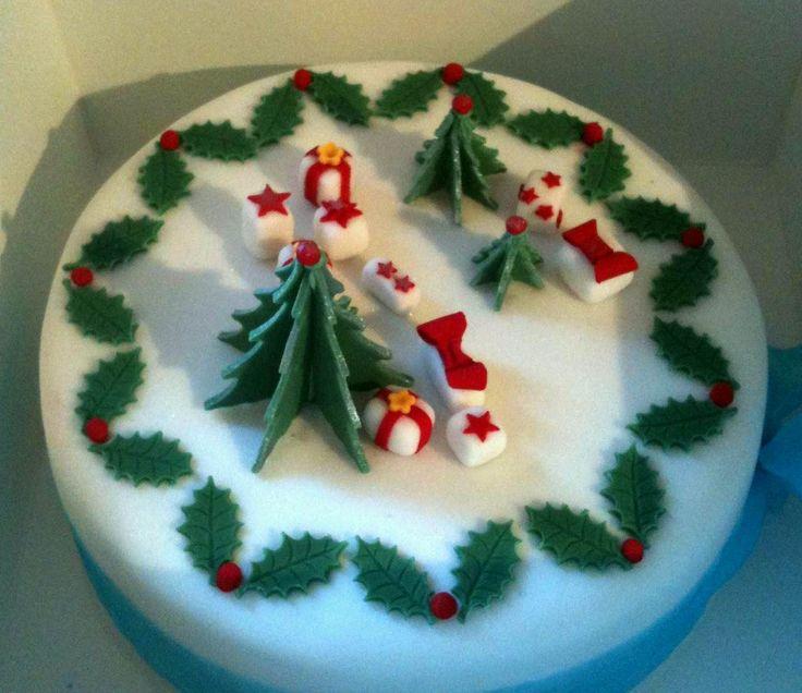 Decoration, Simple Christmas Cake Decorating Ideas Indoor Christmas Decorations: Creative Christmas Cake Decorating Ideas
