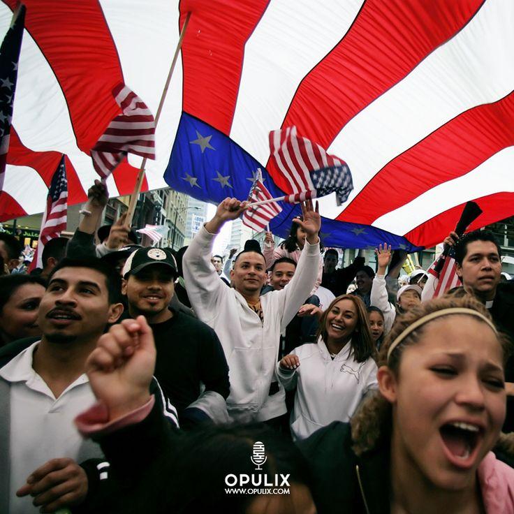 En un clima de fuerte tensión racial que amenaza con desbordar una escalada de violencia que no se había vivido desde la época de la guerra de Vietnam, y en medio de las convenciones nacionales republicana y demócrata, tres de las principales organizaciones latinas en el ámbito nacional de Estados U
