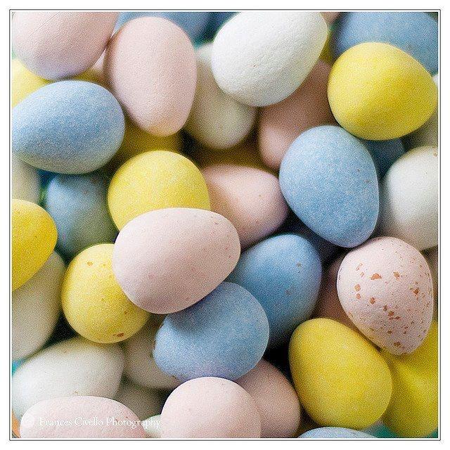 mini-eggs