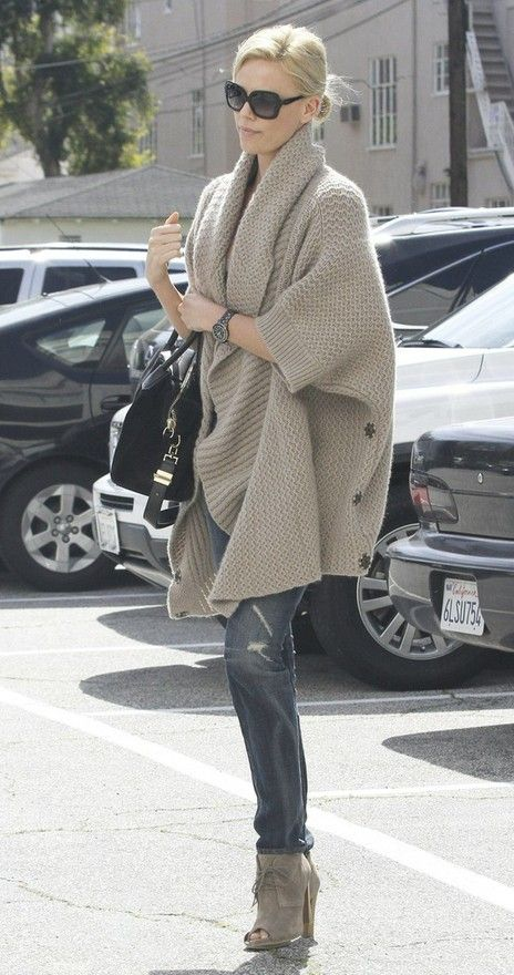 Chunky Sweaters 2012: Charlize Theron, Fashion, Chunky Sweaters, Street Style, Outfit, Big Sweater, Fall Winter
