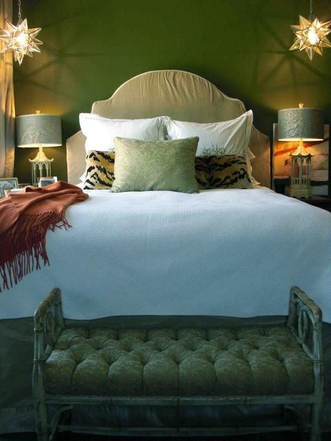 149 best green bedrooms images on pinterest green for Diva bedroom ideas