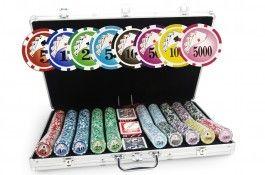 Mallette Royal Flush 1000 jetons - Pokeo.fr - Mallette de poker en aluminium 1000 jetons Royal Flush en polypropylène 11,5g + 3 jeux de cartes en carton plastifié + 1 livret de règles du jeu Pokeo.