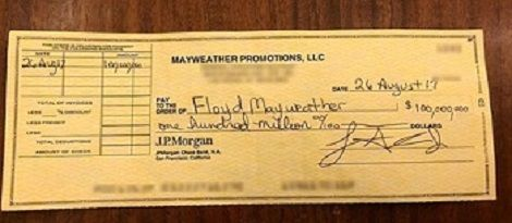 Floyd Mayweather Shows Off $100m Cheque